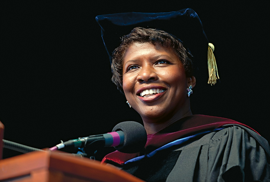 Gwen Ifill speaking at a past Simmons Commencement