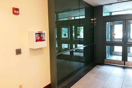 photo of AED location - Lefavour Hall, Main Lobby near entrance to Avenue Louis Pasteur