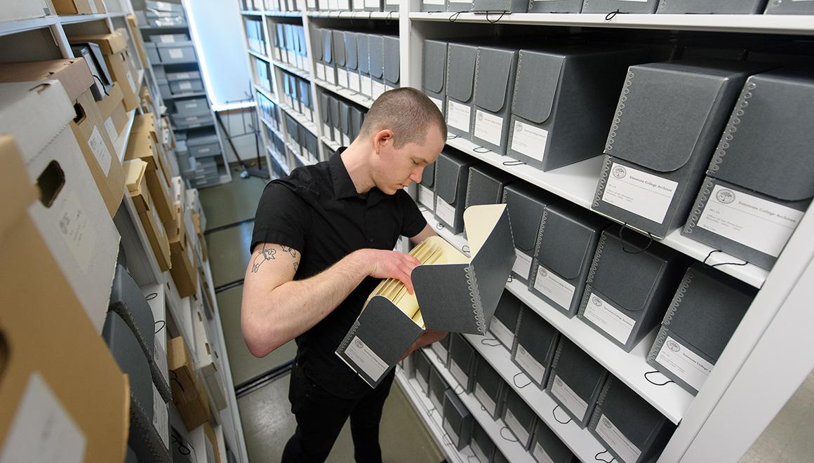 Student in the archives