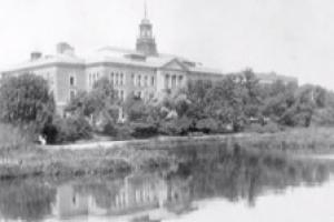 Historical photo of the Simmons main college building
