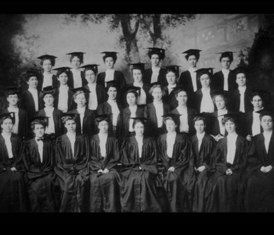 Archive photo of the graduating class of 1906