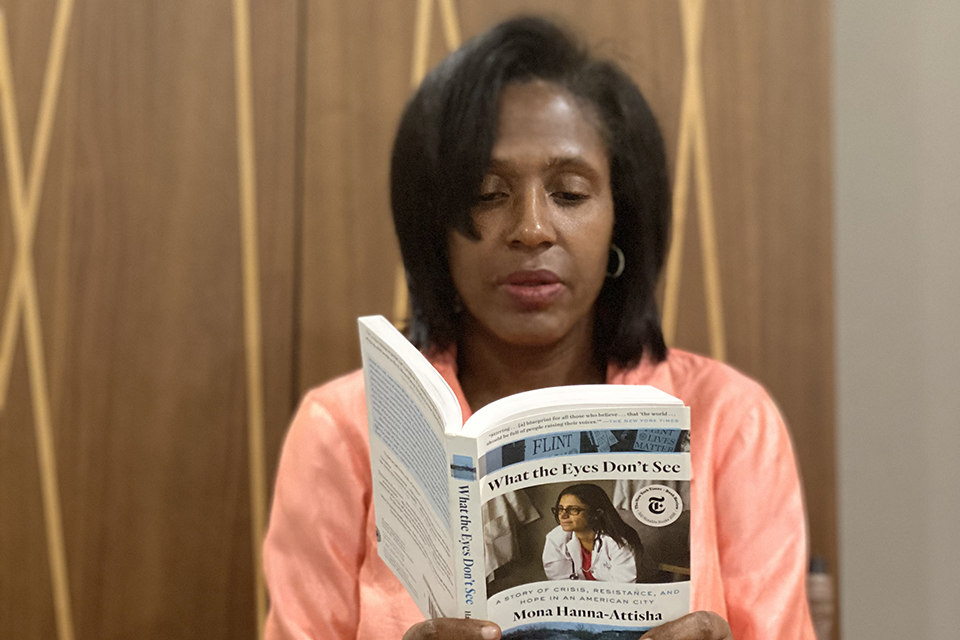 "Lynn Perry Wooten Reading ""What the Eyes Don't See"" by Dr. Mona Hanna-Attisha"
